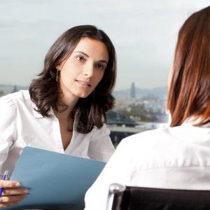 Conheça os direitos trabalhistas específicos das mulheres