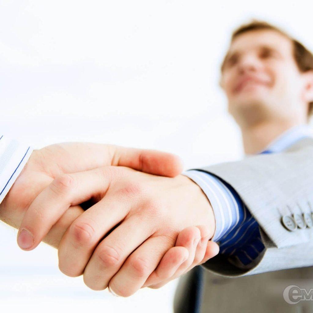 Sociedade nos negócios: uma relação delicada