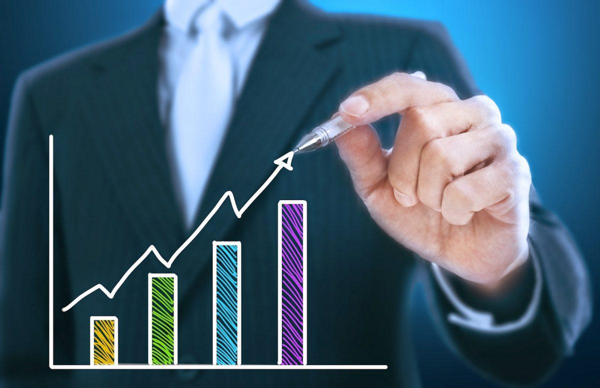 Confiança Empresarial avança e atinge maior nível desde março de 2014