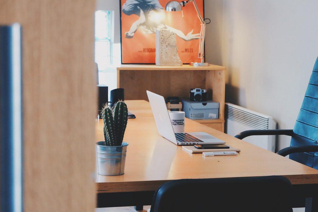 Estudo revela que 60% dos trabalhadores já tiveram problemas sérios com chefes
